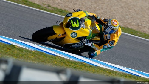 03+simone+corsi,+action,+left,+moto2_original.jpg
