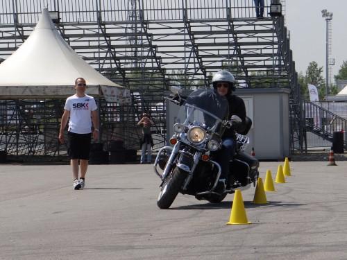 Max Temporali,harley davidson,slalom,birilli,guida sicura,piazzale,corsidiguida.it,corso di guida sicura